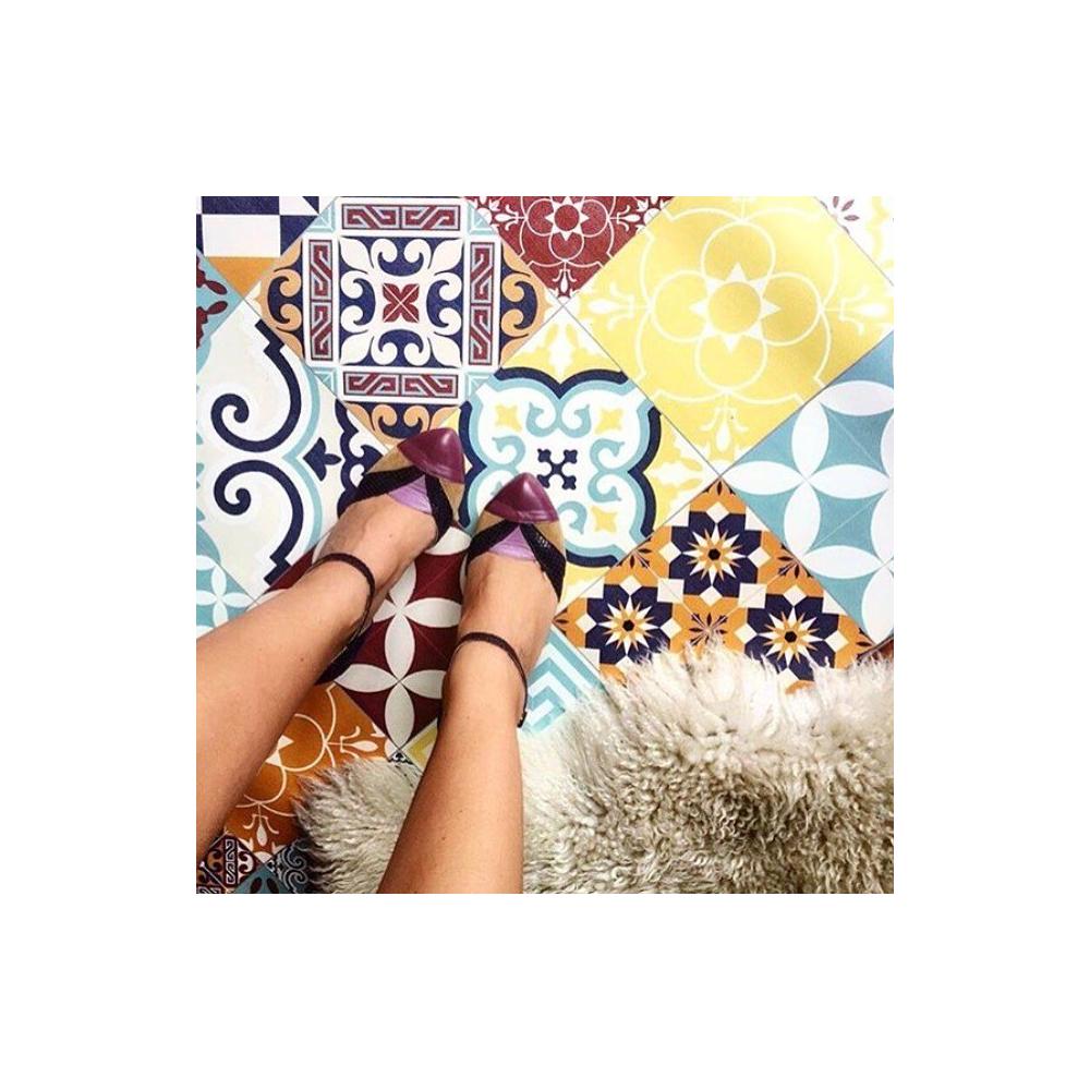 beija flor tapis vinyle carreaux de ciment eclectic e10 mybohem. Black Bedroom Furniture Sets. Home Design Ideas