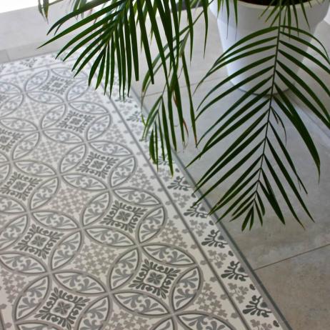 beija flor tapis vinyle en carreaux de ciment barcelona t10 mybohem. Black Bedroom Furniture Sets. Home Design Ideas