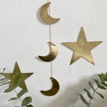 Trio de lunes dorées à suspendre