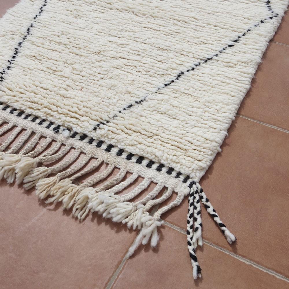 tapis béni ouarain taille couloir motif losange traditionnel