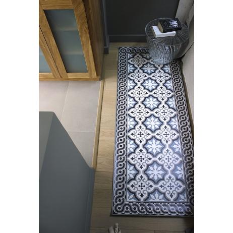 tapis de sol vinyle en carreaux de ciment beija flor mybohem. Black Bedroom Furniture Sets. Home Design Ideas