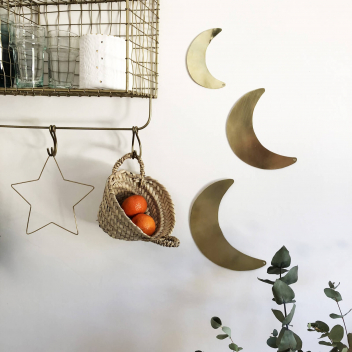 Lune dorée Décorative en métal à suspendre