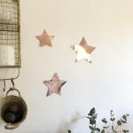 Etoile décorative en métal cuivré rose