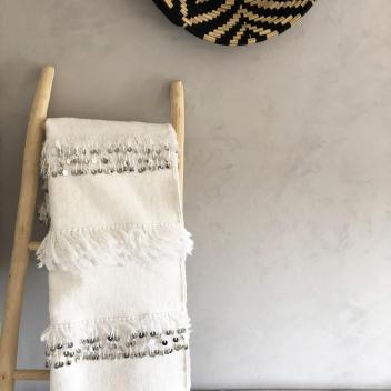 Tapis handira du Maroc avec sequins argentés et franges - Fait main