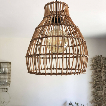 Luminaire naturel L Sofia en rotin naturel forme Nasse Marron