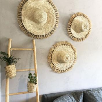 Chapeau en palmier et franges raphia fait main au Maroc