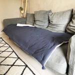 Grand sur-matelas Lin et Coton coloris Blanc - bleu foncé face coton