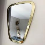 Miroir Trapèze bordure large en Métal doré