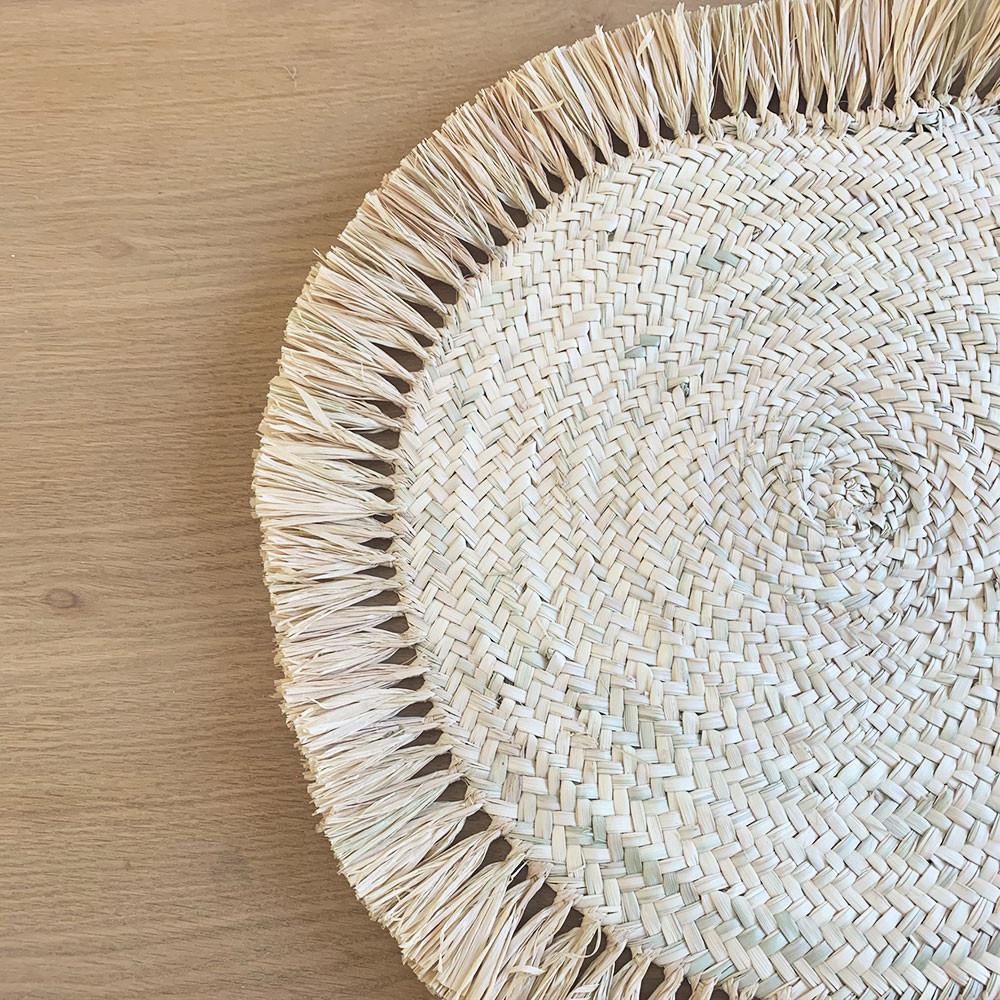 Set de table rond 10 cm Tressé en palmier et franges raphia