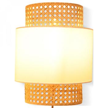 Applique luminaire en cannage avec abat-jour tissu Blanc