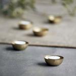 Bougeoir Egg pour bougies chauffe-plat en Laiton plaqué