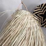 Suspension en paille feuilles de palmier