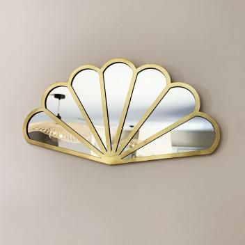 Miroir forme Eventail bords fins arrondi en Métal doré fait à la main