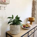 Panier ou cache pot en palmier
