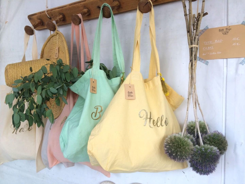 patères bois et sacs