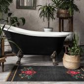 Comme une envie de se prélasser dans cette magnifique salle de bain 🛀 Avec ce splendide tapis inspiré de Frida Kahlo 💫 On adore ! . . . Photo : @beijaflorworld  #decorationinterieur #decoboheme #tapisvinyle #tapisbeijaflor #fridakahlo #mybohem