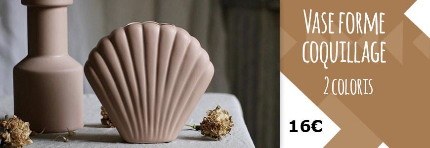 Vase en grès forme coquillage